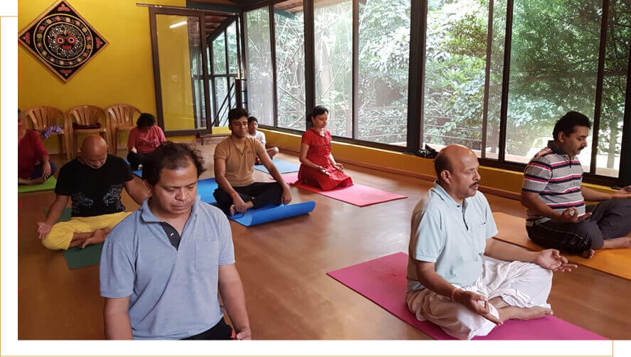 yoga meditation classes near malleswaram