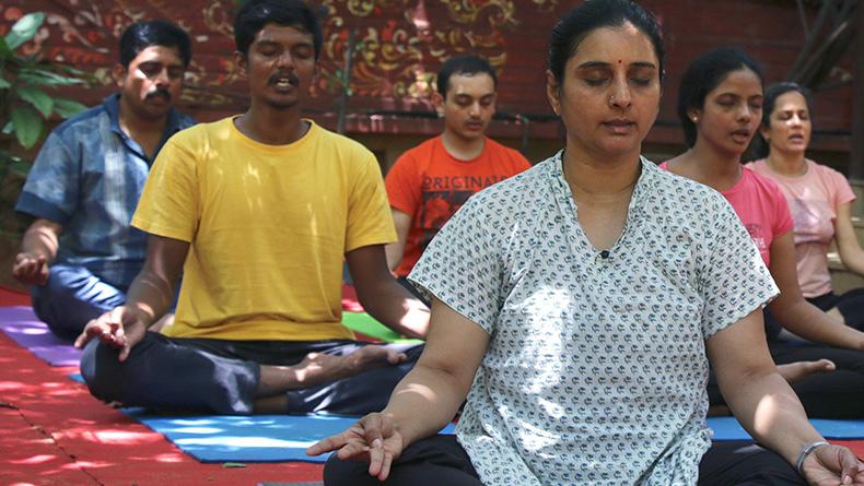 dynamic practice of asanas