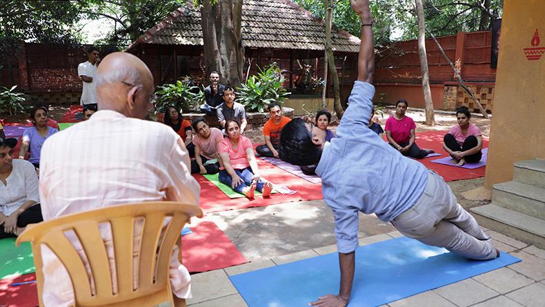 advanced yoga teacher